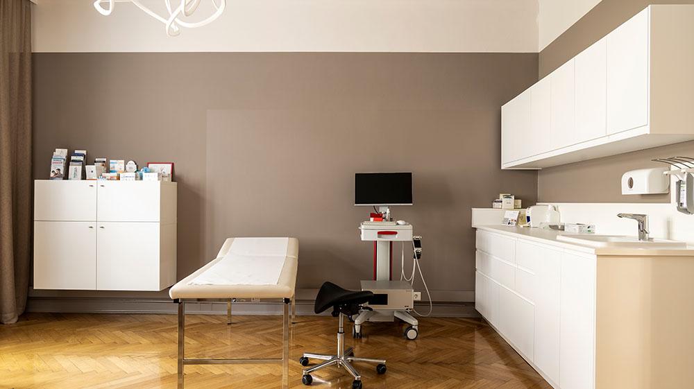 Behandlungsraum_Doz_Dr_Ambros_Rudolph